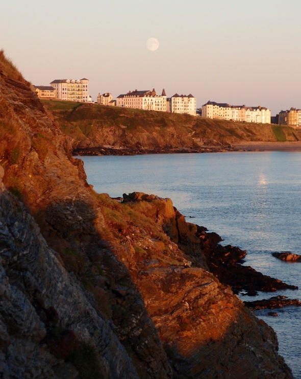 full moon, Port Erin © p ward 2015